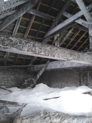 Evacuation Farine, chantier Yenne, suite explosion d'un silo, évacuation de farine, et nettoyage.